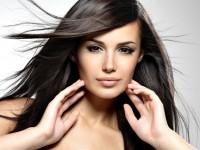 6 rad jak bezpiecznie prostować włosy